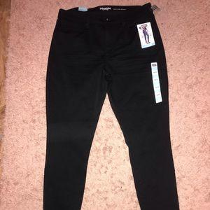 brand new black skinny jeans